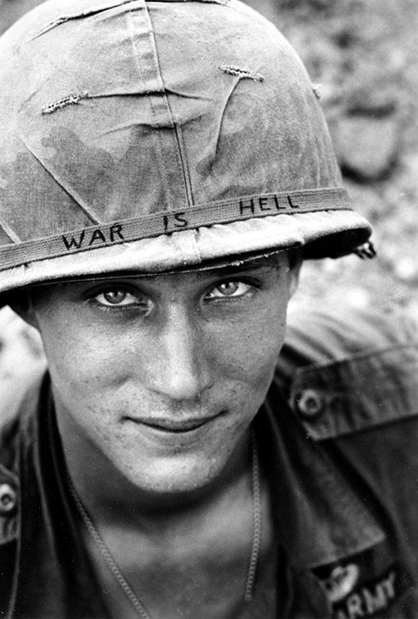 19-Unknown-soldier-in-Vietnam-1965