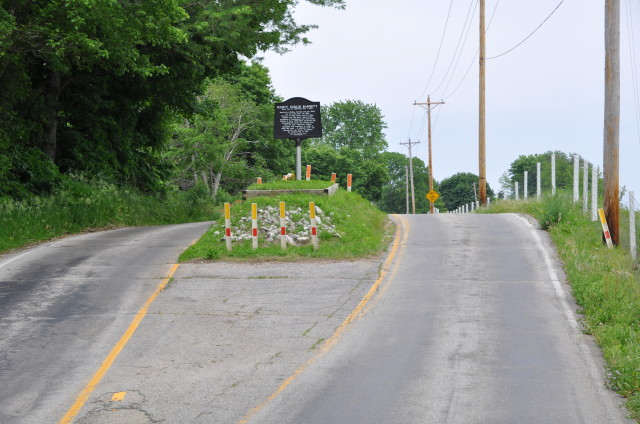 Road-Grave-1