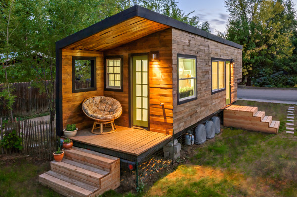 millertinyhouse-048-edit-600x398