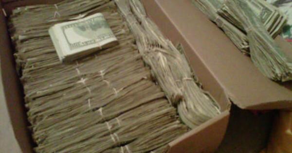 filepicker-aWqn67DgTjOunhVQKcmu_shoe_box_of_money-600x314