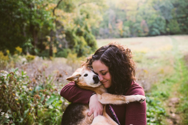 old-dog-chubby-memorial-photoshoot-maria-sharp-suzanne-price-3-600x400